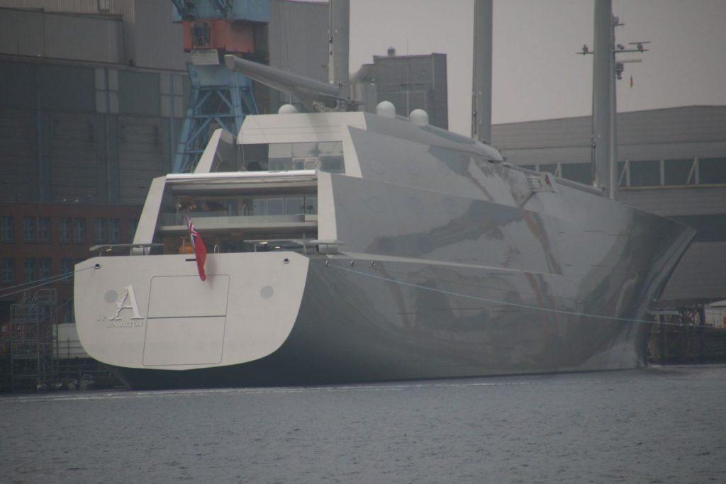 Größte Segelyacht der Welt Segelyacht A in Kiel in der Kieler Werft German Naval Yards