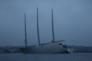 Größte Segelyacht der Welt Segelyacht A in der Kieler Förde